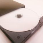 CDドライブからパソコンの中にCDが落ちた